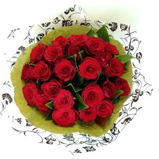 Bouquet of two dozen red roses.