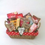 This hamper has a great selections of yummy treats to satisfy anyone over this holiday season.